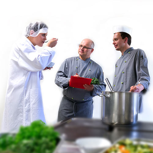 Beratungsgespräch in der Küche